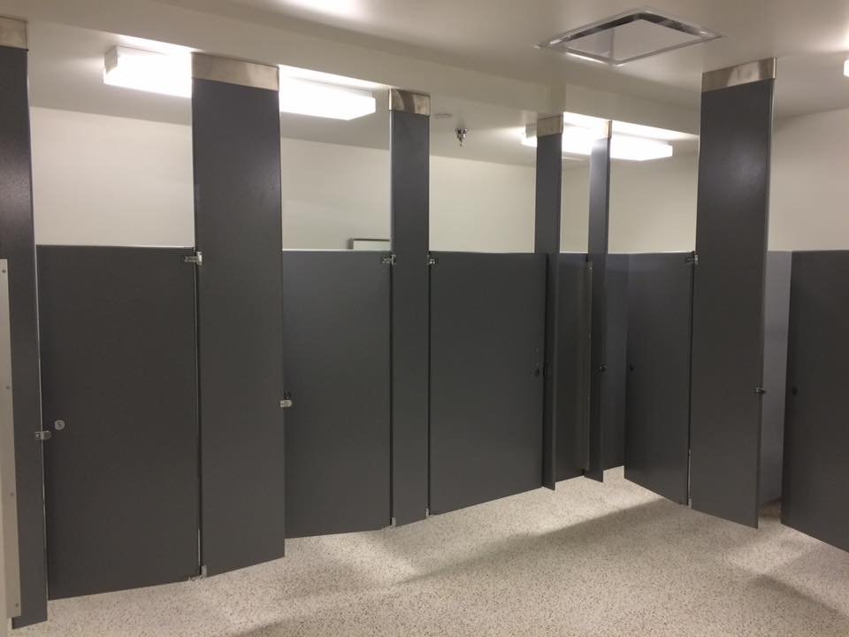 School Bathrooms Partitions In Sarasota Watkins Accessories - Cheap bathroom partitions